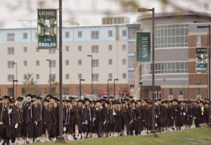 hussoncommencement0505-3-600x413